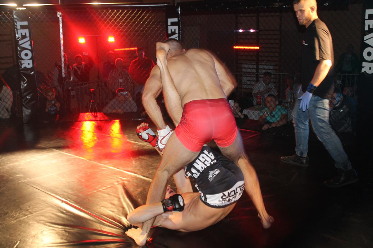 WLC2 Bloody Revenge Marian Strus vs Adrian Bober (12) (Copy)