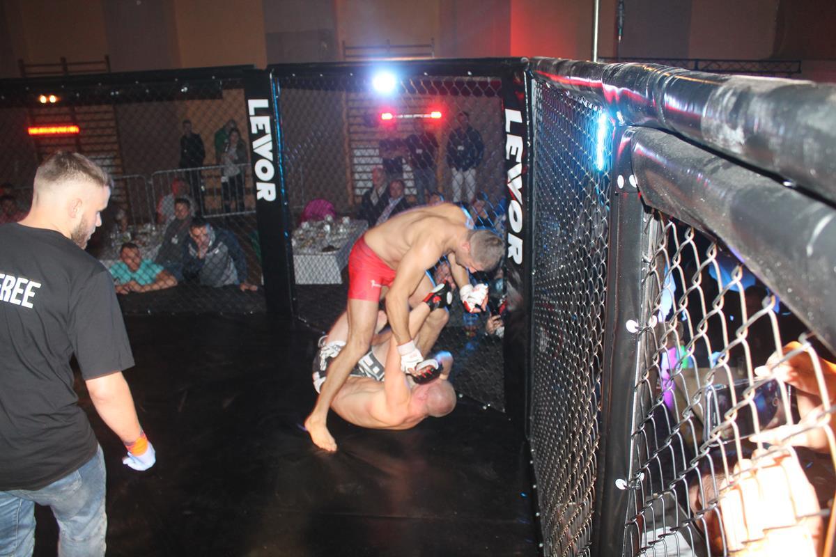 WLC2 Bloody Revenge Marian Strus vs Adrian Bober (26) (Copy)
