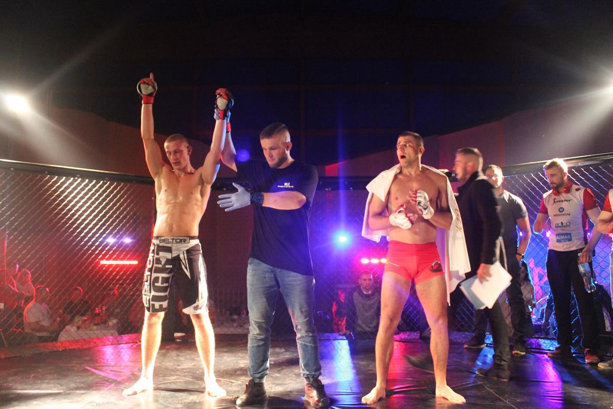 WLC2 Bloody Revenge Marian Strus vs Adrian Bober (37) (Copy)