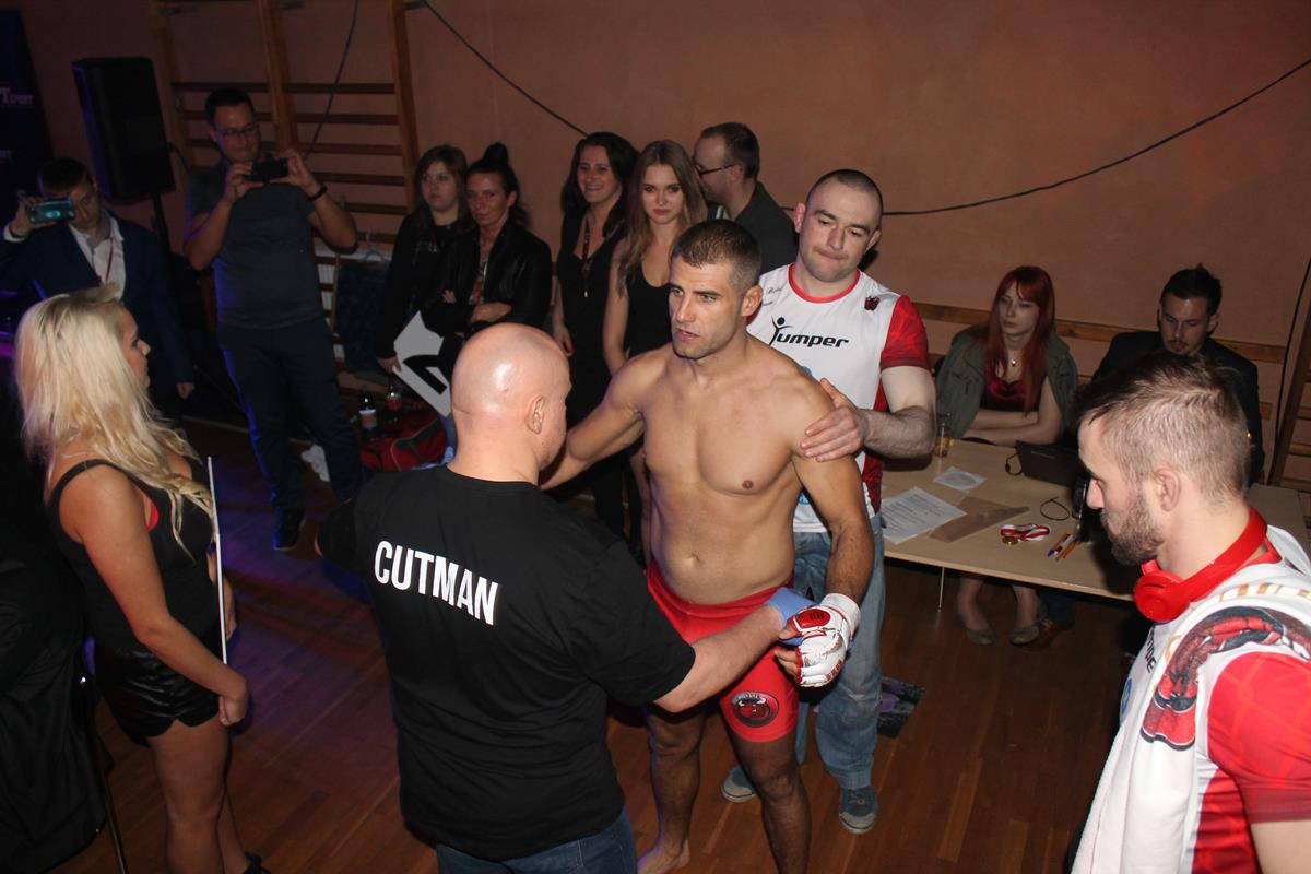 WLC2 Bloody Revenge Marian Strus vs Adrian Bober (4) (Copy)
