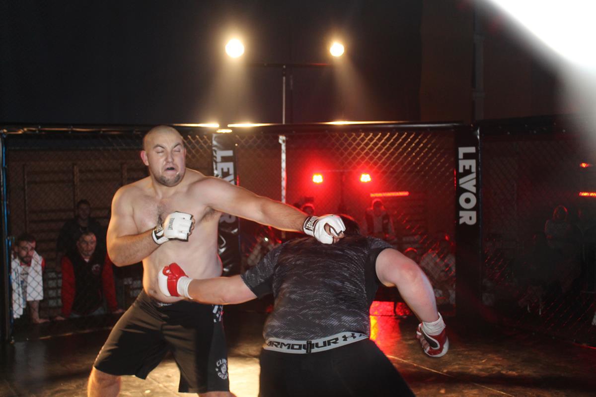 WLC2 Bloody Revenge Sławomir Sałek vs Radosław Kostrubiec (15) (Copy)